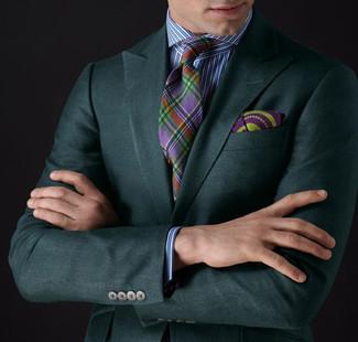 Comment porter: blazer vert foncé, chemise de ville à rayures verticales blanc et bleu, cravate écossaise multicolore, pochette de costume imprimée pourpre