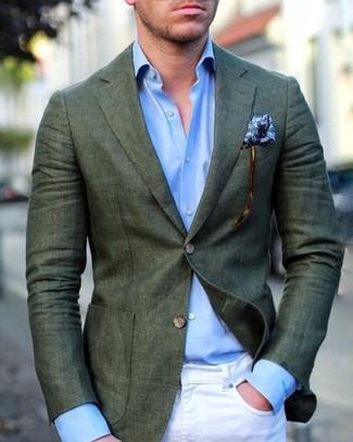Comment porter: blazer vert foncé, chemise de ville bleu clair, jean skinny blanc, pochette de costume imprimée bleue