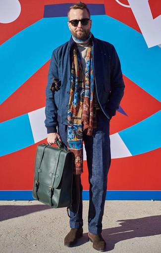 Comment porter un blouson aviateur en laine bleu marine: Harmonise un blouson aviateur en laine bleu marine avec un pantalon de costume bleu marine pour une silhouette classique et raffinée. Complète ce look avec une paire de des bottines chelsea en daim marron foncé.