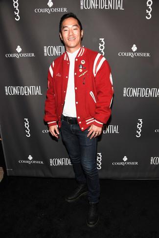 Pour une tenue de tous les jours pleine de caractère et de personnalité associe un blouson aviateur rouge hommes Ben Sherman avec un jean bleu marine. Opte pour une paire de des bottes de loisirs en cuir noires pour afficher ton expertise vestimentaire.