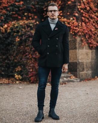 Comment porter une broche rouge: Essaie d'harmoniser un caban noir avec une broche rouge pour un look confortable et décontracté. Apportez une touche d'élégance à votre tenue avec une paire de des bottines chelsea en daim gris foncé.