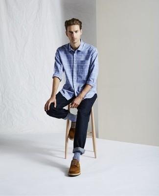 Comment porter des chaussures habillées: Pour créer une tenue idéale pour un déjeuner entre amis le week-end, harmonise une chemise à manches longues à rayures horizontales bleu clair avec un jean bleu marine. Opte pour une paire de chaussures habillées pour afficher ton expertise vestimentaire.