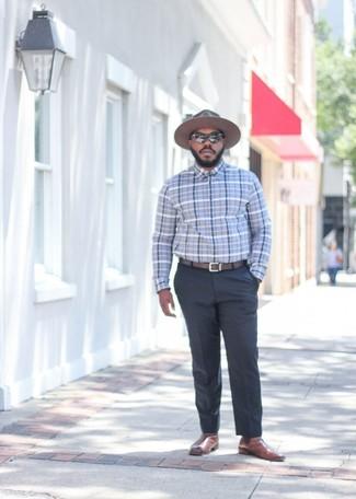 Comment porter: chemise de ville écossaise grise, pantalon de costume gris foncé, bottines chelsea en cuir marron, chapeau en laine marron