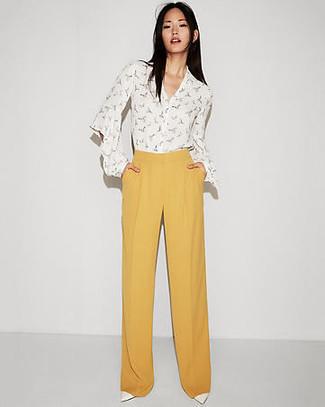 d189b44ec Comment porter un pantalon large jaune (35 tenues) | Mode femmes ...