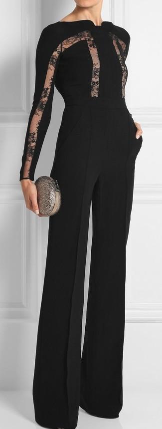 Comment porter: combinaison pantalon en dentelle noire, pochette ornée argentée