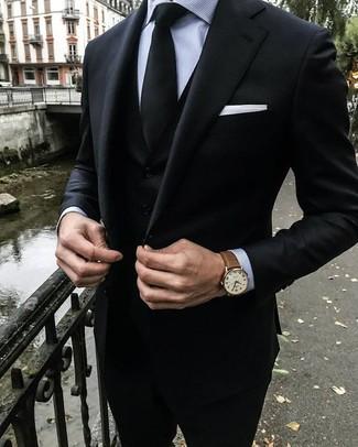 Comment porter: complet noir, chemise de ville à rayures verticales grise, cravate noire, pochette de costume blanche