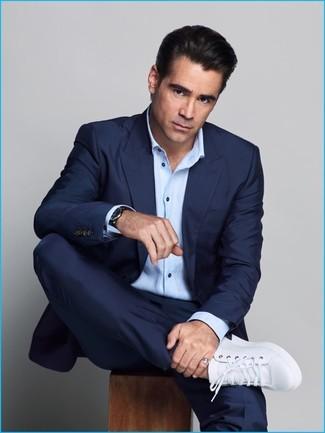 Costume bleu marine chemise a manches longues bleue claire baskets basses en cuir blanches large 20127