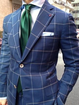 Comment porter: costume à carreaux bleu marine, chemise de ville en soie blanche, cravate en soie vert foncé, pochette de costume en soie blanche