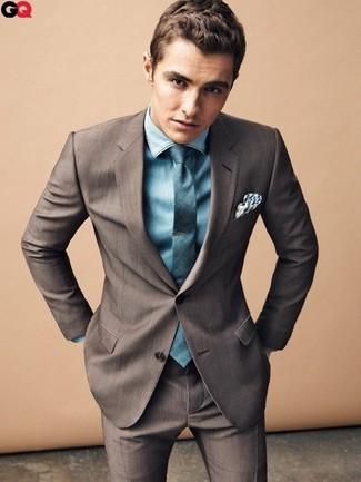 Costume brun fonce chemise de ville bleu canard cravate bleu canard large 1431