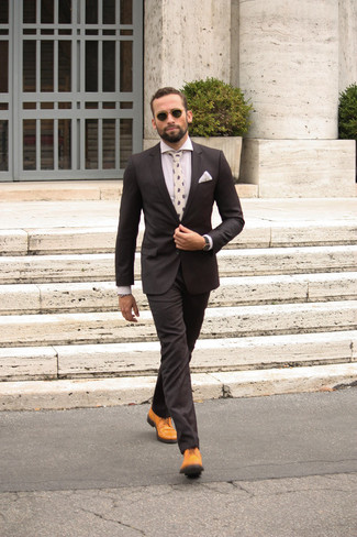 91d612ddc Tenue: Costume noir, Chemise de ville blanche, Chaussures brogues en ...