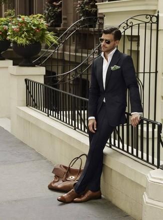 e182e447e Tenue: Costume noir, Chemise de ville blanche, Chaussures richelieu ...