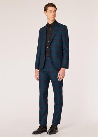 Comment porter: costume écossais bleu canard, chemise de ville noire, chaussures richelieu en cuir noires, nœud papillon noir