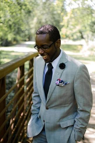 Comment porter: costume vert menthe, chemise de ville blanche, cravate noire, pochette de costume imprimée multicolore