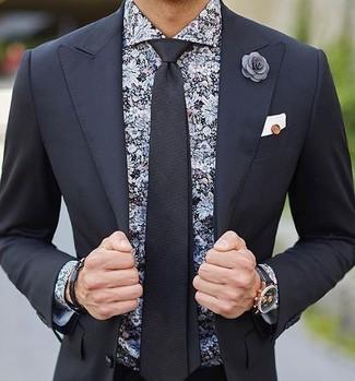 Comment porter: costume noir, chemise de ville à fleurs noire, cravate noire, pochette de costume blanche