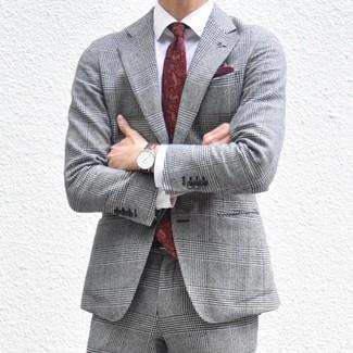 Comment porter: costume écossais gris, chemise de ville blanche, cravate imprimée cachemire bordeaux, pochette de costume bordeaux