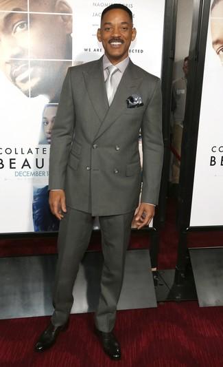 Tenue de Will Smith  Costume gris foncé, Chemise de ville grise, Double  monks en cuir noirs, Cravate grise   Mode hommes   Lookastic France 70f51c9c546