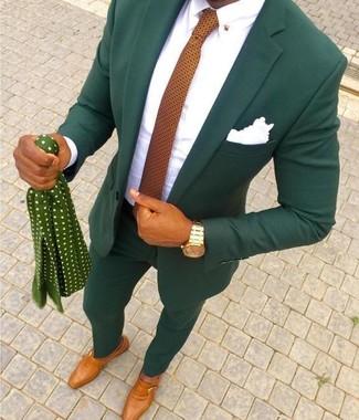 Comment porter: costume vert foncé, chemise de ville blanche, monks en cuir tabac, cravate á pois orange