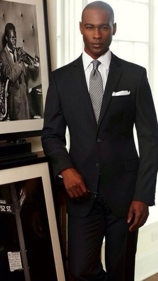 femme moitié prix célèbre marque de designer Tenue: Costume noir, Chemise de ville blanche, Cravate à ...