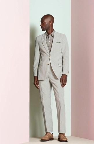 dd4b9387e30 Tenue  Costume à rayures verticales beige