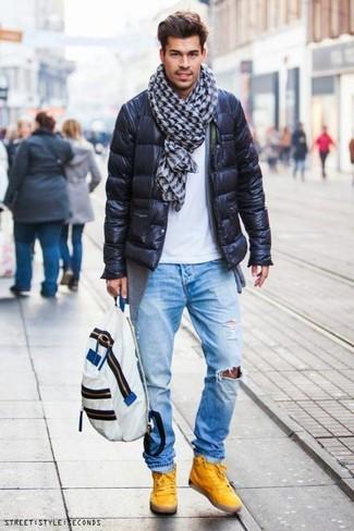 Comment porter: doudoune noire, cardigan gris, t-shirt à col rond blanc, jean déchiré bleu clair
