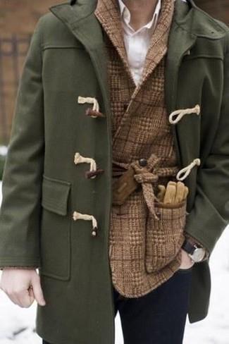 Comment porter: duffel-coat olive, blazer croisé en laine à carreaux marron, chemise de ville blanche, jean skinny bleu marine