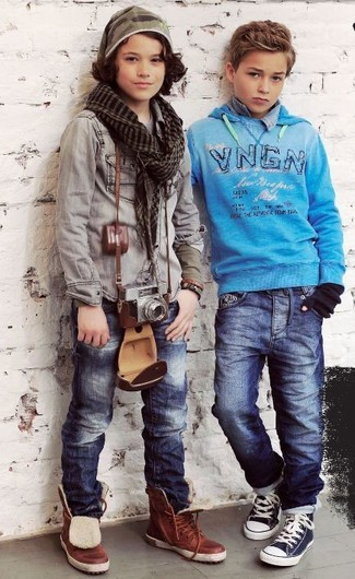Comment porter: jean bleu marine