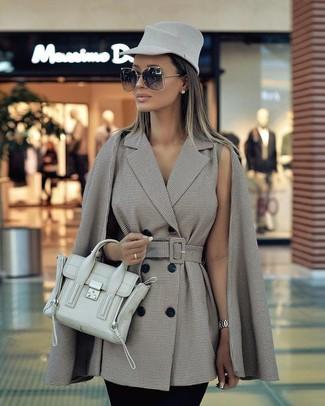 Comment porter: manteau cape à carreaux gris, pantalon slim noir, cartable en cuir vert menthe, chapeau en laine gris