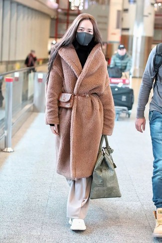 Manteau de fourrure marron clair Saint Laurent