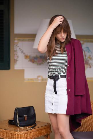 Comment porter un débardeur gris foncé: Pense à harmoniser un débardeur gris foncé avec une jupe boutonnée blanche pour créer un look génial et idéal le week-end.