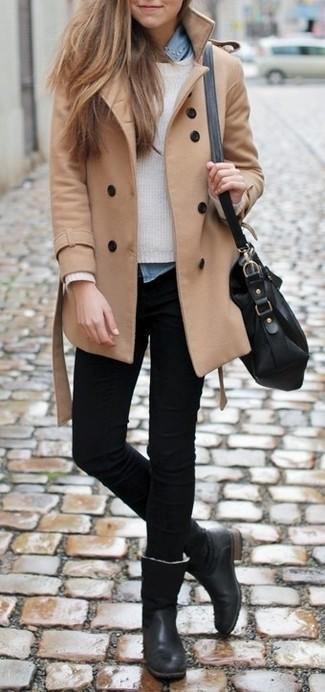 Ce combo d'un manteau brun clair et d'un jean skinny noir attirera l'attention pour toutes les bonnes raisons. Termine ce look avec une paire de des bottes hauteur genou en cuir noires.