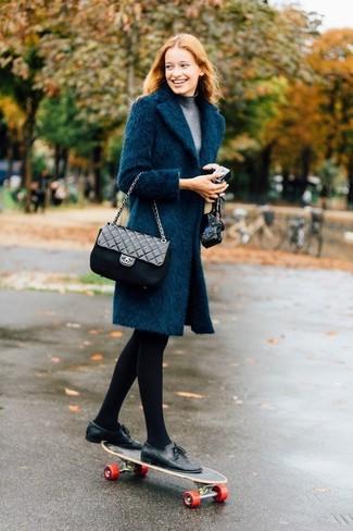 Comment porter un manteau bleu canard (73 tenues) | Mode