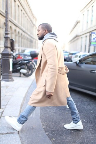 Pardessus brun clair sweat a capuche gris jean skinny bleu clair baskets montantes blanc large 3909