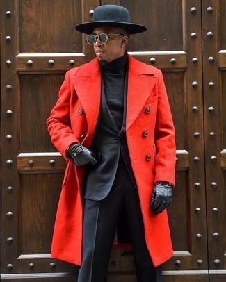 Comment porter: pardessus rouge, costume noir, pull à col roulé noir, chapeau en laine noir