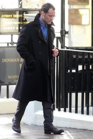 Pardessus noir costume gris fonce chemise a manches longues bleue large 1325