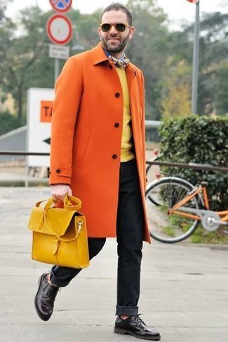 Chaussures derby en cuir marron foncé Prada