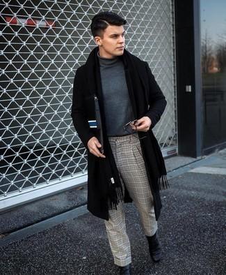 Tendances mode hommes: Essaie de marier un pardessus noir avec un pantalon chino à carreaux gris pour créer un look chic et décontracté. Jouez la carte classique pour les chaussures et opte pour une paire de bottines chelsea en cuir noires.