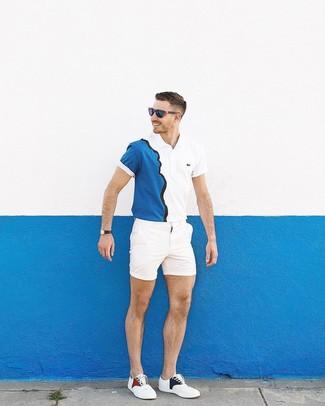 Comment porter: polo blanc et bleu marine, short blanc, baskets basses blanches, lunettes de soleil bleu marine