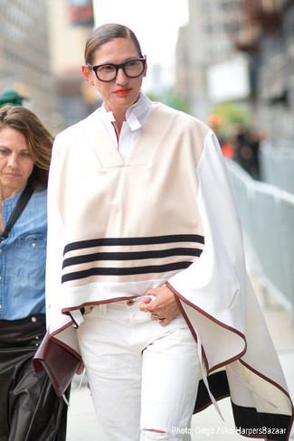 Poncho beige chemise de ville blanche jean blanc pochette bordeaux large 13521