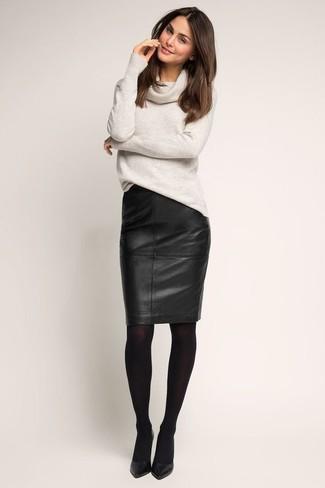 d8ad1d76e4d175 Comment porter une jupe crayon en cuir noire avec des escarpins ...