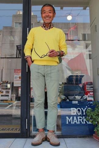 Pull à col en v jaune Maerz