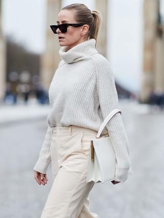 Comment porter un pantalon large en velours côtelé (9 tenues et looks) |  Lookastic France