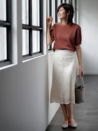 acheter populaire 95427 4132e Tenue: Pull à manches courtes marron, Jupe mi-longue en ...