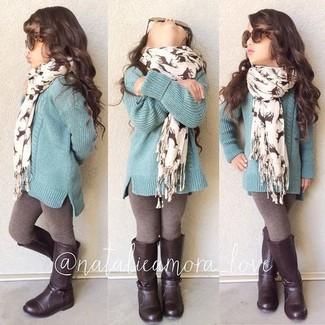 Comment porter: pull vert menthe, leggings marron, bottes marron foncé, écharpe blanche