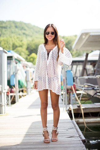 Comment porter une robe de plage: