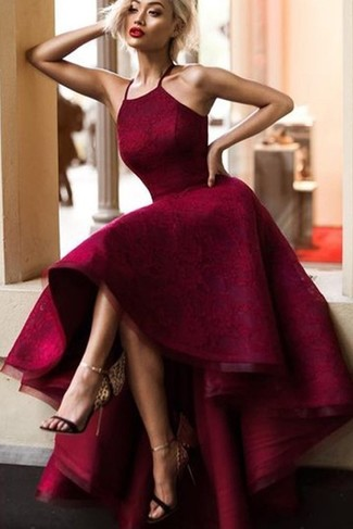 Quelle couleur de chaussures avec robe bordeaux