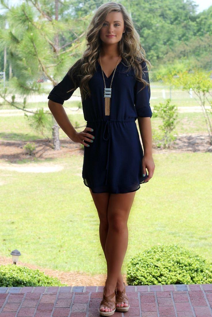 chaussures assorties robe bleu marine. Black Bedroom Furniture Sets. Home Design Ideas