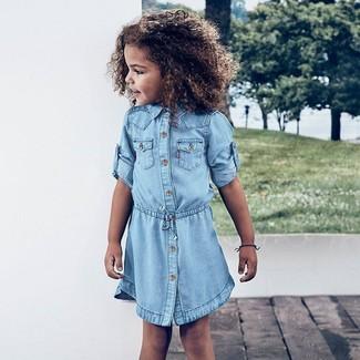 Comment porter: robe en denim bleu clair