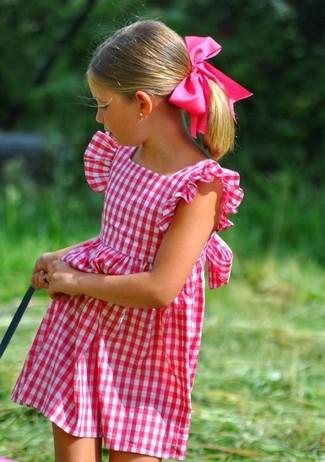 Comment porter: robe fuchsia