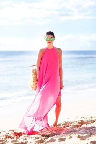 Comment porter: robe longue en chiffon fuchsia, sac fourre-tout en crochet marron clair, lunettes de soleil vertes