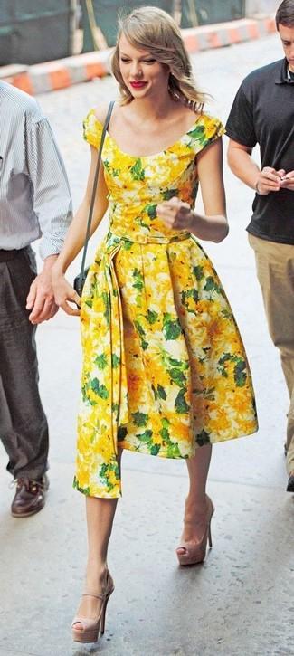 cac05b83ba3 Comment porter une robe midi à fleurs jaune (4 tenues)